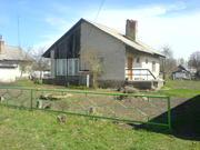 Кирпичный дом c сараем и погребом